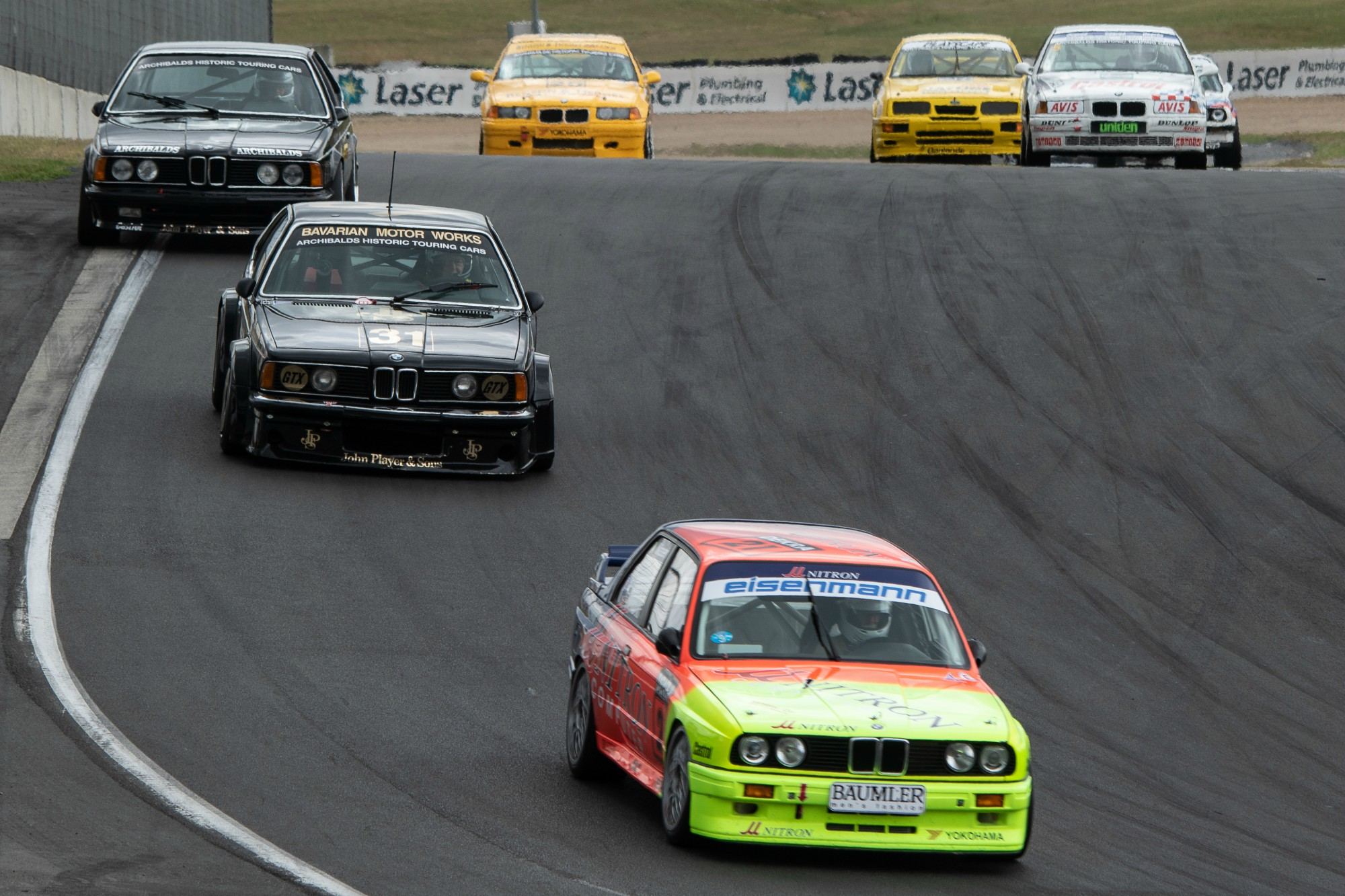 BMW M3 leads 635 CSi in the midfield