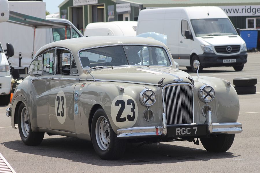 Jaguar MkVII of Graham and Alistair Love