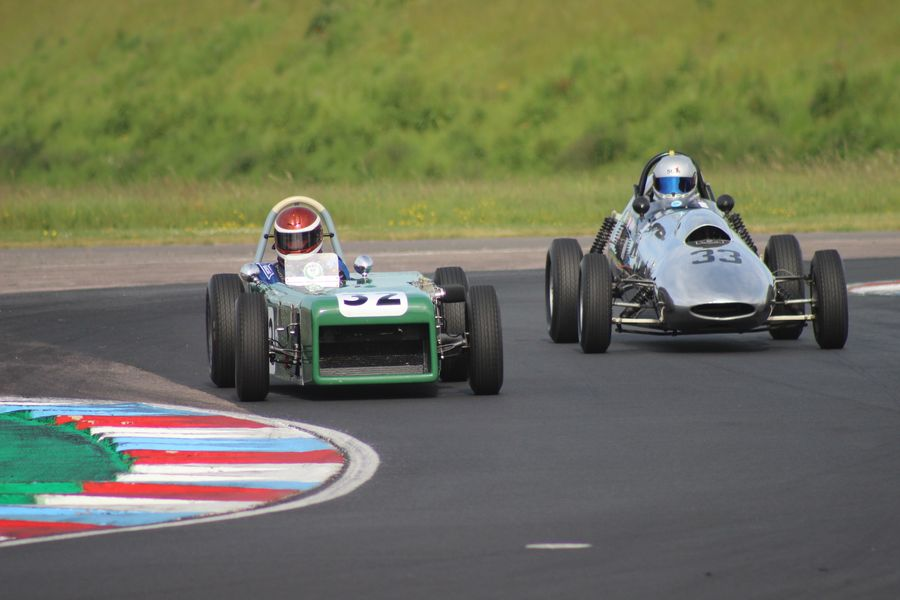Front-Engined Formula Junior Lead Battle