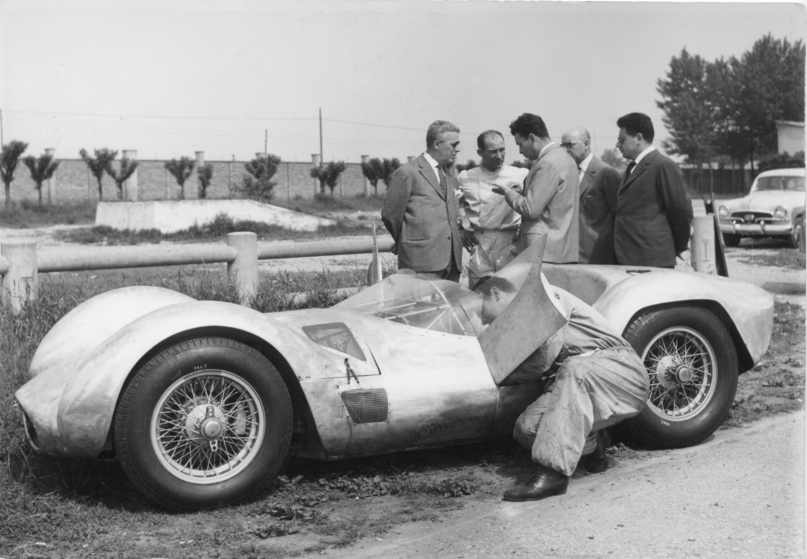 Moss testing the Type 60 at Modena